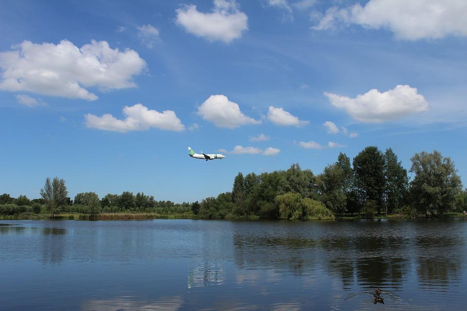 'Neem ook natuur mee in de denkrichtingen voor het nieuwe luchtvaartbeleid'